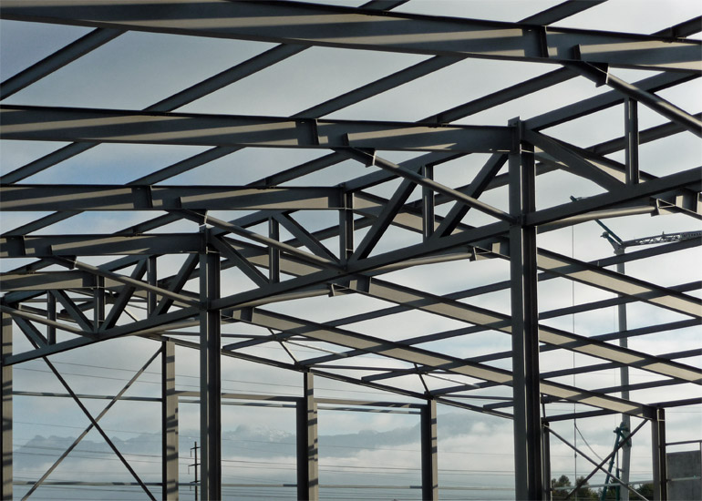 Dachkonstruktion für Stahlhalle Galip Rüthi