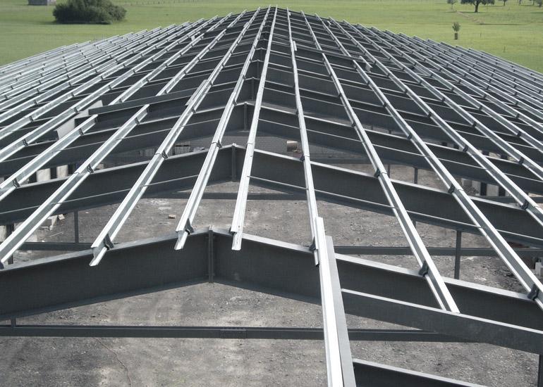Fachmännische Ausführung Stahldach