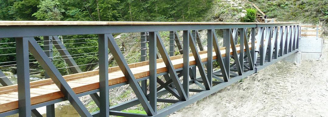 Fussgängerbrücke über Rotbach Teufen AR von Hofstetter AG Stahlbau